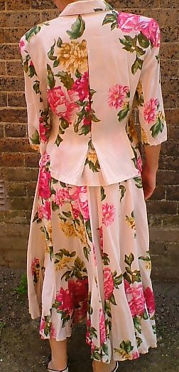 Vintage 1980s-does-50s French flowered skirt suit