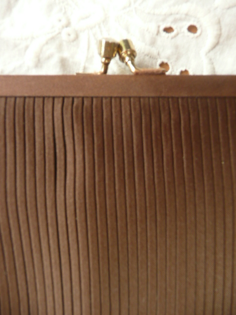 1930s/40s little brown pleated evening bag